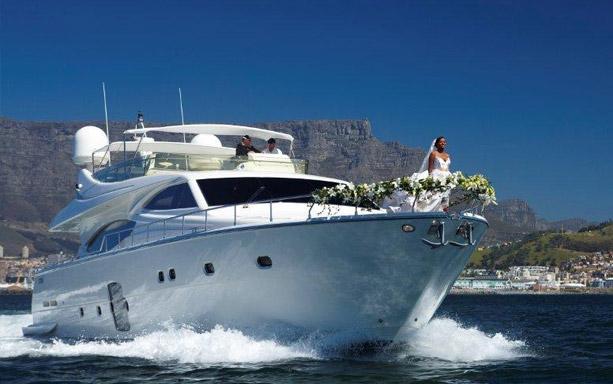 yacht-cape-town2